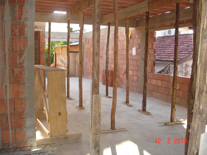 Promessa cumprida em constru o casa nova for Sala de estar vista desde arriba