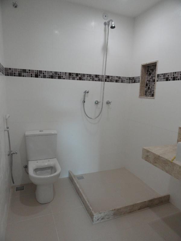 banheiro  Em construçãoCasa Nova! # Banheiro Com Pastilha Atras Do Vaso Sanitario
