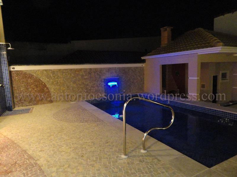 Ilumina o da piscina em constru o casa nova for Iluminacao na piscina e perigoso