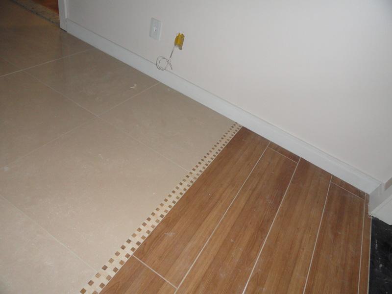 Porcelanato em constru o casa nova - Nivelador de piso ceramico leroy merlin ...